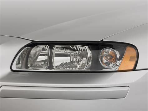 image 2008 volvo s60 4 door sedan 2 5t fwd headlight
