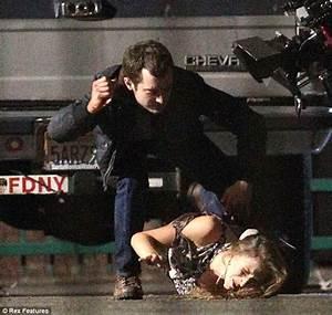 Maniac Set Photos Featuring Elijah Wood and Genevieve ...