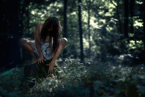 halloween terrible  dark forest girl stump horror hd