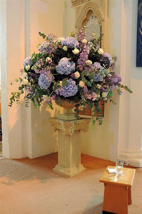 Wedding Ideas Planning And Inspiration Church Flowers