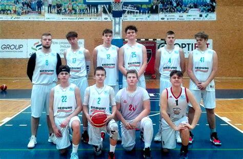 Jēkabpils čempionātā basketbolā norit sīvas cīņas par uzvarām