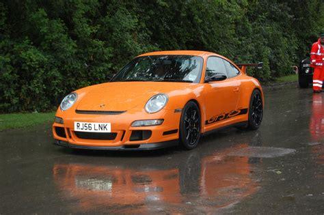 orange porsche 911 gt3 rs porsche 911 997 gt3 rs orange fast german cars