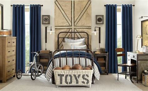 Cream And Blue-hued Rooms