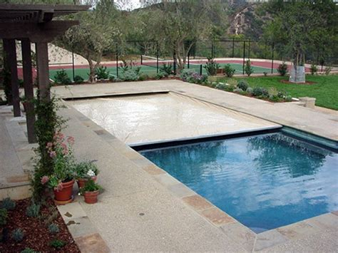 Safe & Convenient Automatic Pool Covers