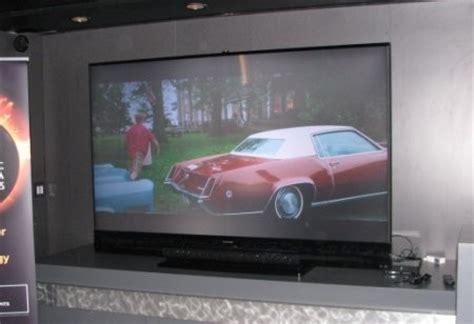 Mitsubishi 92 Tv by Mitsubishi S 92 And 155 Inch Screens Are Bigger