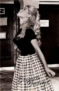 Mode Femme Année 50 : robe ann es 50 brigitte bardot film voulez vous danser avec moi 1959 style ann es 50 60 ~ Farleysfitness.com Idées de Décoration