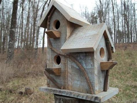 Pallet Wood Birdhouse Plans Projects