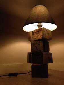 Lampe En Palette : lampe bois de palette mixte par osart rennes myartmakers ~ Voncanada.com Idées de Décoration