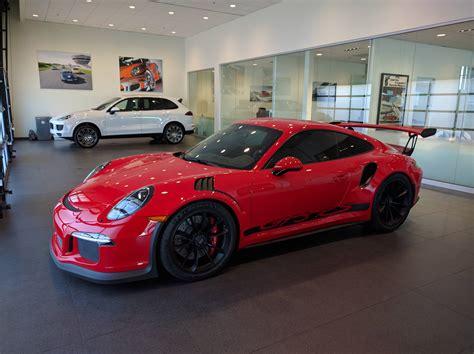 porsche gt3 porsche 911 gt3 rs dressed in ferrari rosso corsa is