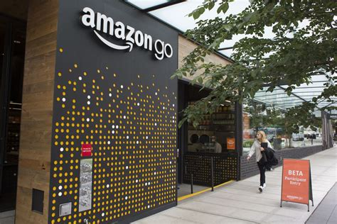 amazon   cashierless grocery store opens