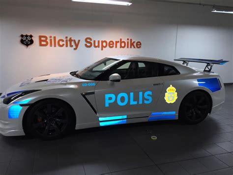nissan gt  dressed   police car  sweden autoevolution