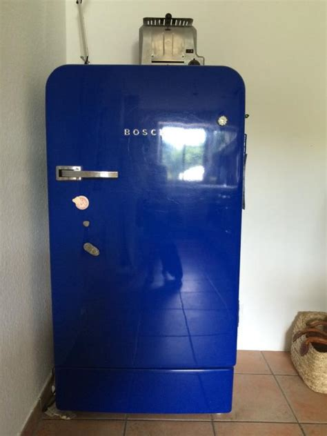 Kühlschrank Retro Kaufen by Retro K 252 Hlschrank Bosch Classic Edition Kobaltblau In