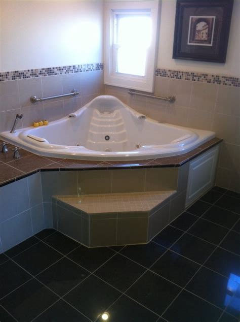 aquatic infinity corner air whirlpool tub modern