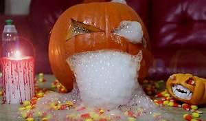 Halloween Basteln Gruselig : halloween deko selber machen schrecklich sch ne k rbis variationen und mehr selber machen ~ Whattoseeinmadrid.com Haus und Dekorationen