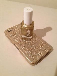 Use Nail polish To Decorate Your Phone Case! Trusper