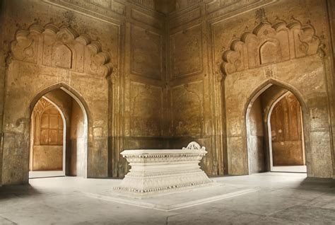 Safdarjung Tomb Historical Facts And Pictures