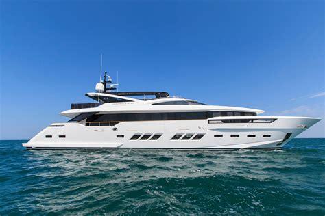 Boat Loan Brokers by 2019 Dl Yachts Dreamline 35 Power Boat For Sale Www