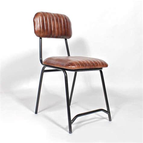 meuble bar cuisine americaine chaise industrielle cuir marron diner américaine made in meubles