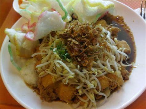 mencicipi  kuliner khas surabaya wisata kuliner