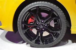 Jante Renault Clio 4 : mondial de l 39 automobile 2012 renault clio 4 rs 200 edc ~ Voncanada.com Idées de Décoration