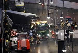 Design Attack Berlin : naved b berlin truck attacker named as pakistani refugee london evening standard ~ Orissabook.com Haus und Dekorationen