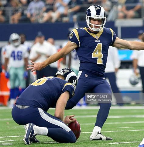 los angeles rams place kicker greg zuerlein attempts