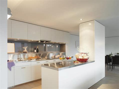 photo cuisine ouverte sur salon modèles cuisines ouvertes cuisine en image