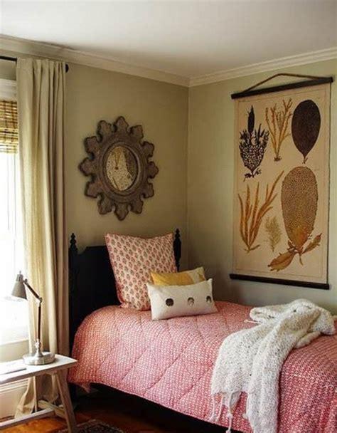 Cozy Small Bedroom Ideas  Small Room Decorating Ideas