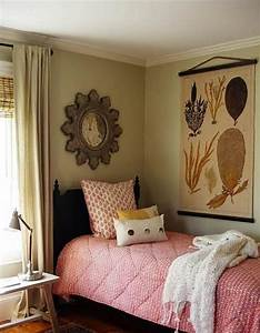 cozy small bedroom ideas small room decorating ideas With decorating ideas for a small bedroom