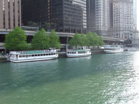 Chicago Boat Tours In November by Panoramio Photo Of River Tour Boats Chicago