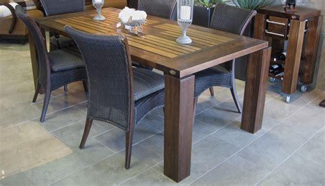 modele de table de cuisine en bois tables en bois massif signature stéphane dion