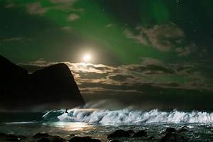 Surfing Under an Aurora Borealis in Norway with Mick ...
