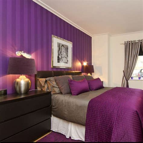 i love the purple striped wall bedrooms pinterest the purple purple walls and i love