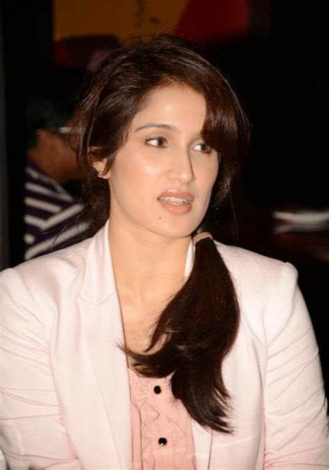 wallpapers pics biography  indian film actress