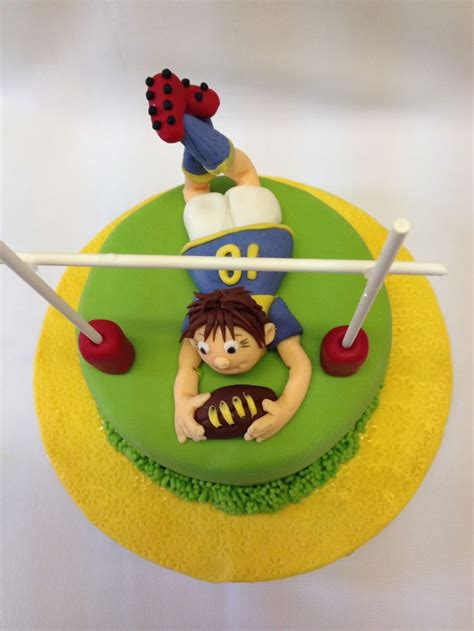 images  rugby cakes  pinterest birthday