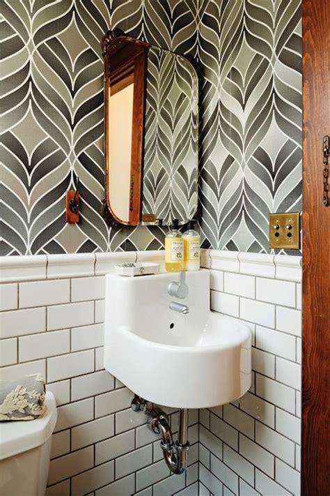 suzie dwell white gray bathroom  gray wallpaper