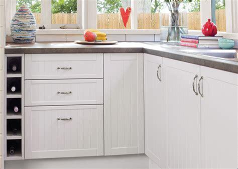 kitchen cabinet door profiles which profile kaboodle kitchen 5303