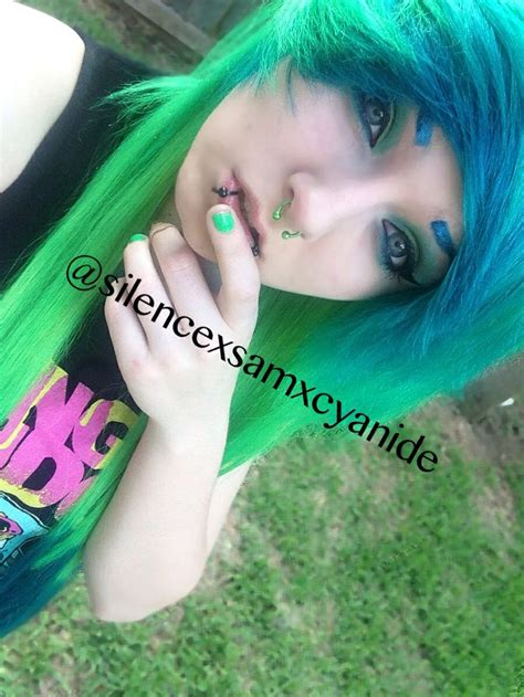 Scene Girl With Green And Blue Hair Ig