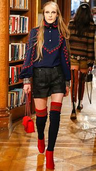 Chanel Métiers d'Art Pre-Fall 2015 Runway Collection ...