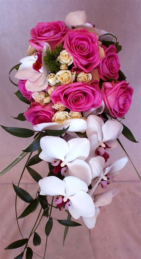 premium flowers  cascade wedding bouquet