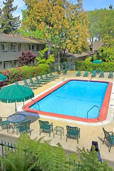 Sunnyvale Apartment Amenities  Parkwood Apartments