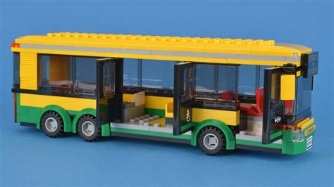 Lego City 60154 Bus Station Review