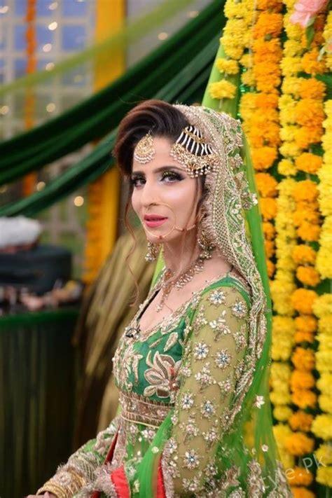 latest mehndi dresses  mehndi makeup