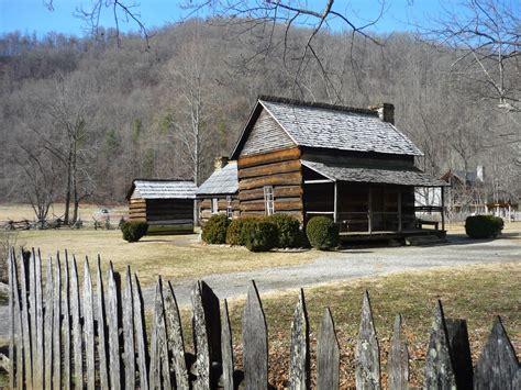 great smoky mountain cabins oconaluftee hey smokies