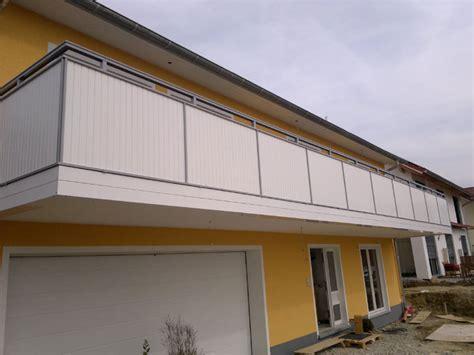 Balkongeländer Verkleidung Kunststoff by Balkongel 228 Nder Und Balkonverkleidung Aus Aluminium Und