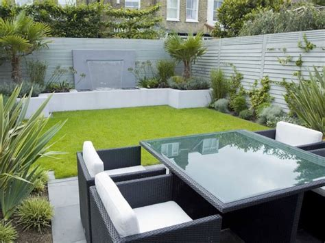 Latest Minimalist Backyard Garden Design Ideas