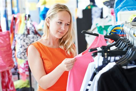Buying Clothes in Japan: How to Buy Foreigner Fitting Work ...