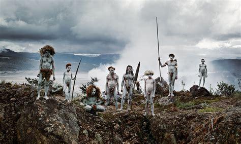 les dernieres tribus indigenes du monde par le photographe