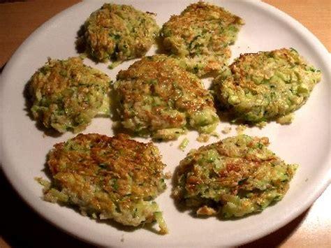 recette de cuisine avec des courgettes les galettes de courgette une recette diététique