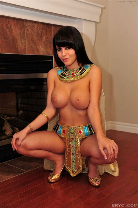 Egyptian Goddess Sexy Cosplay Cosplay Pictures